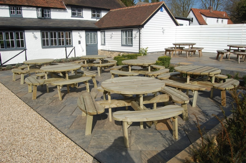 Picnic suites branson leisure for Outdoor furniture epping